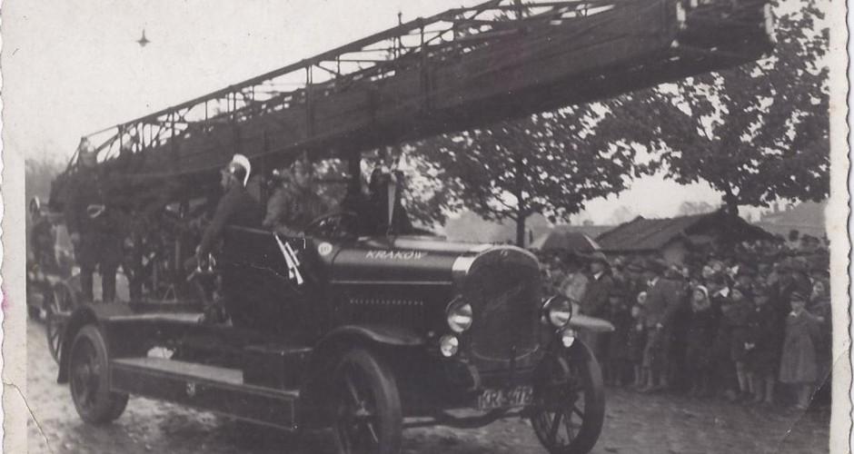 Krakowscy strażacy 80 lat temu